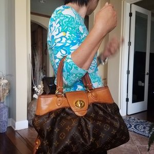 Authentic Louis Vuitton Boetie Monogram PM Handbag